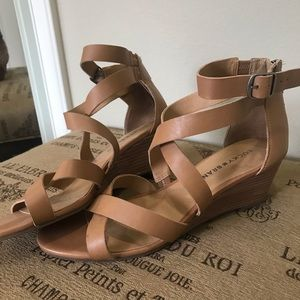 Worn once! Tan leather lucky brand sandals
